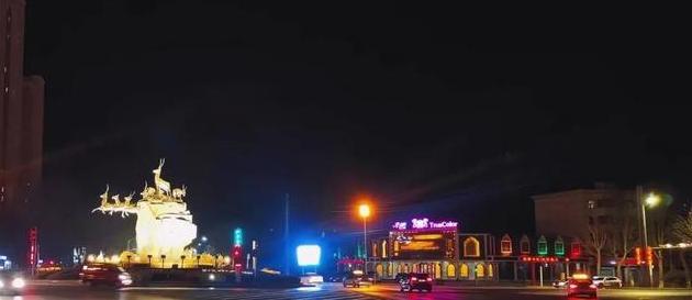 """有一种美,叫""""格尔木""""的夜晚!!!"""