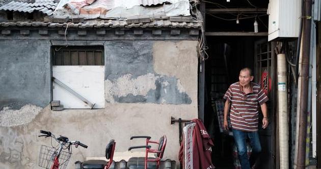 后海,老北京生活的一面镜子。吹拉弹唱,离不开这一池湖水