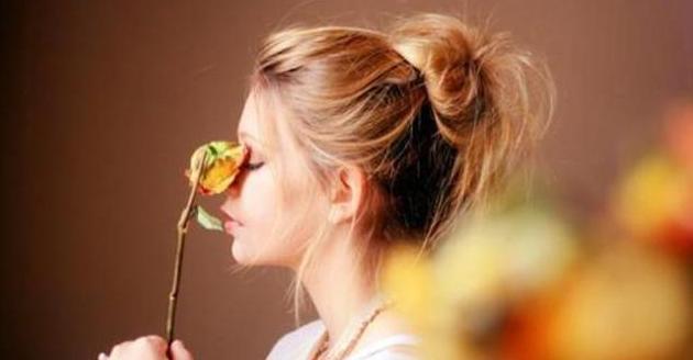 女人最经典的人生感悟:高情商女人发朋友圈的句子