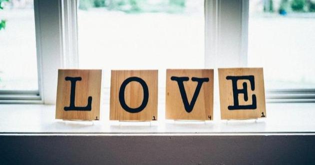 极美的短句情话,文艺又浪漫!