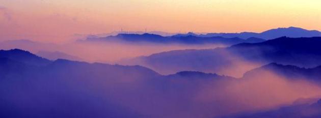 六月在驼梁,与蓝天白云,鲜花飞瀑,来一次浪漫的邂逅之旅